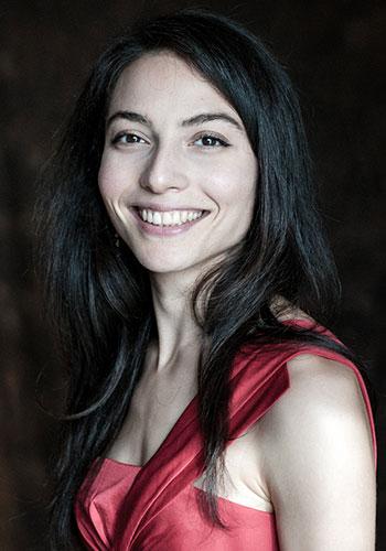 Alexia Macbeth – Mezzo-soprano